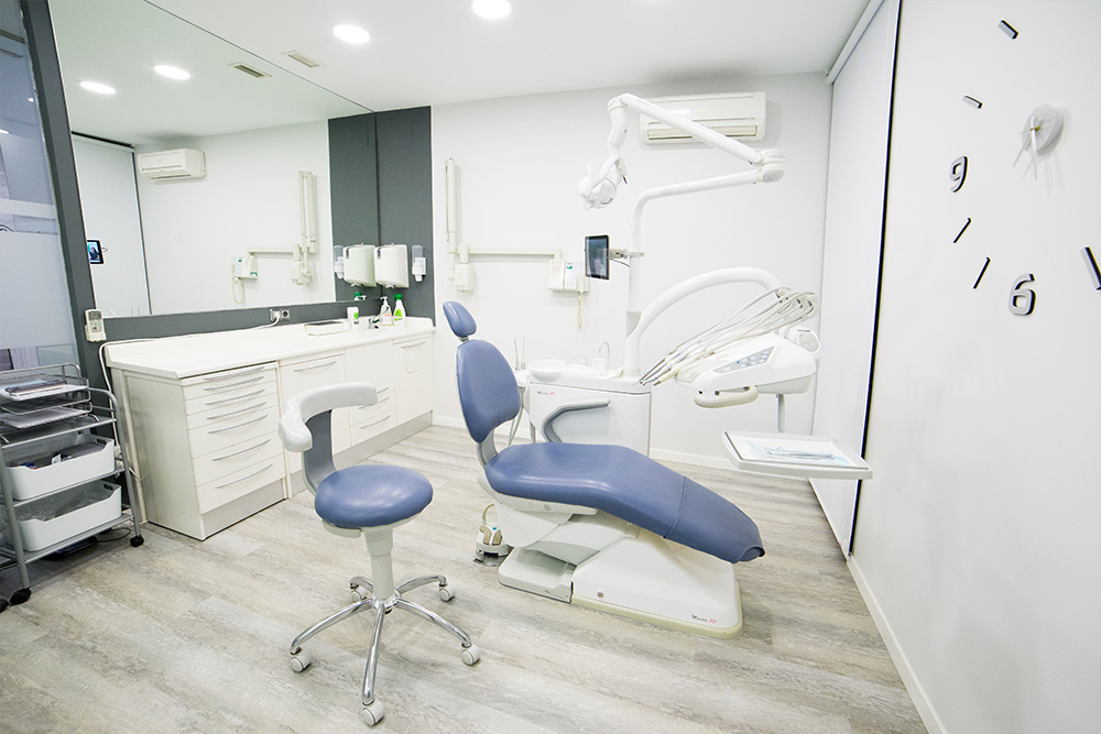 clinica dental a coruna